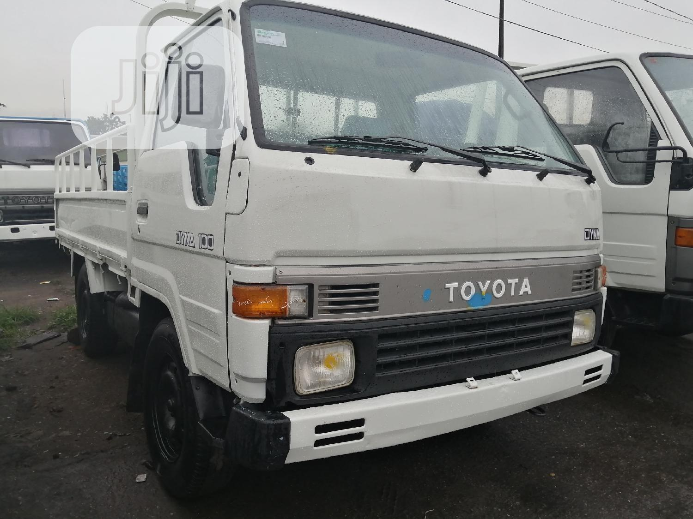 Toyota Dyna 100 Green Seat 1998