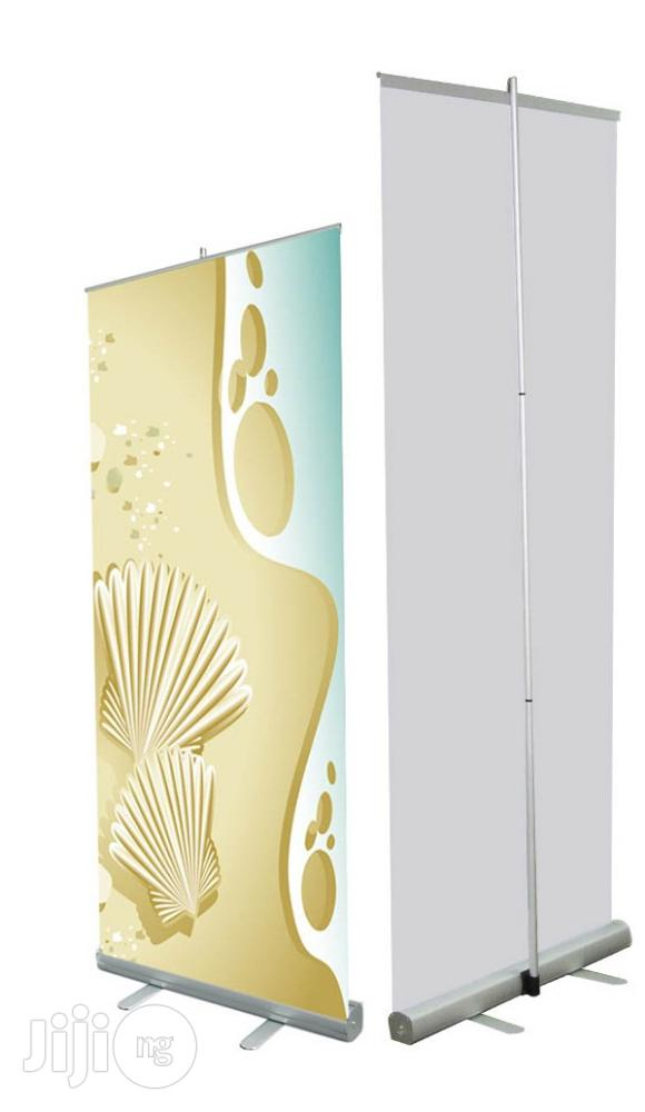 Slim Base Roll-up Banner Stand