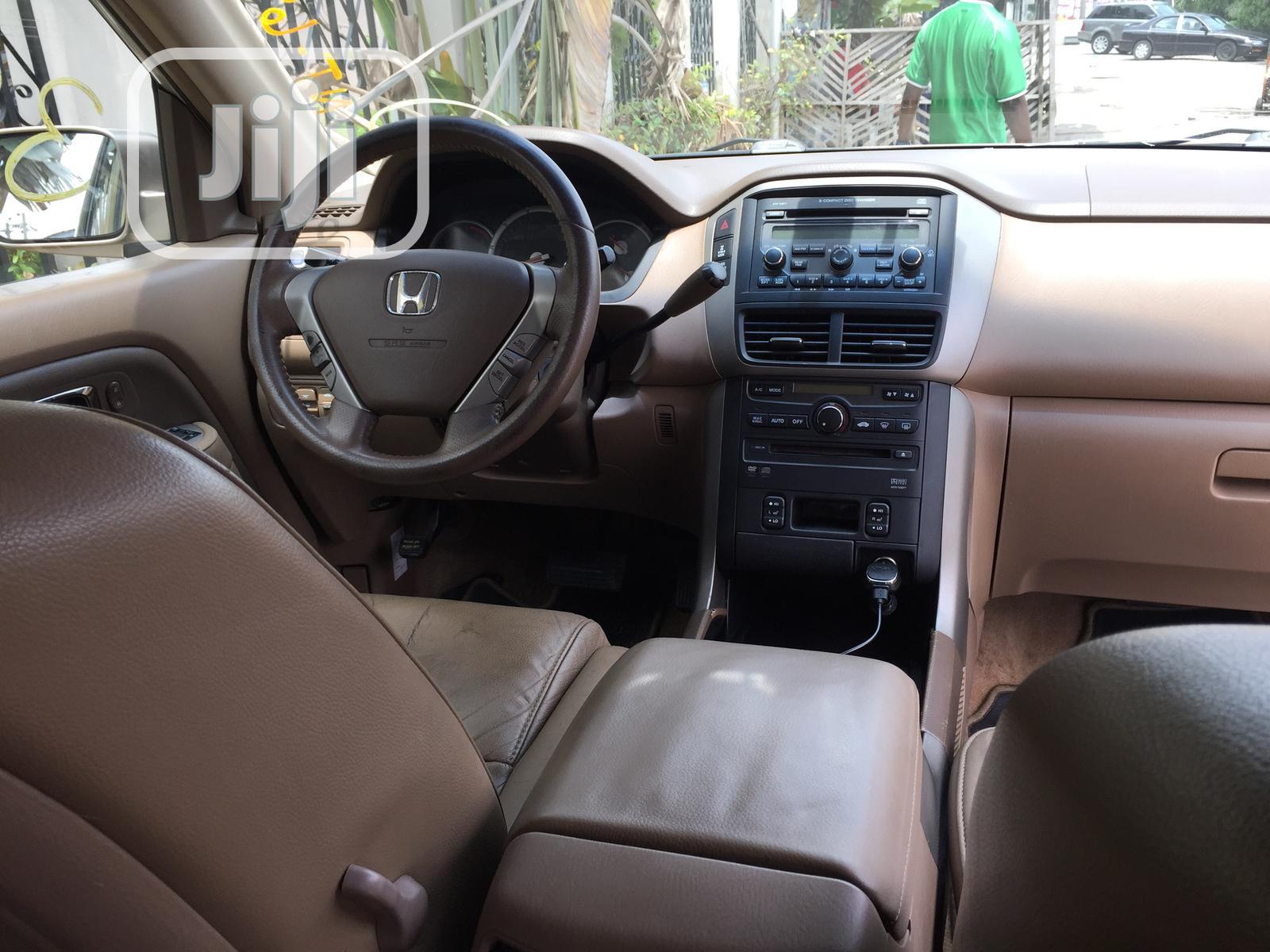 Archive: Honda Pilot 2006 EX-L 4x4 (3.5L 6cyl 5A) Gold