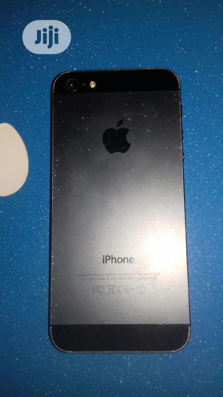 Archive: Apple iPhone 5s 64 GB Black