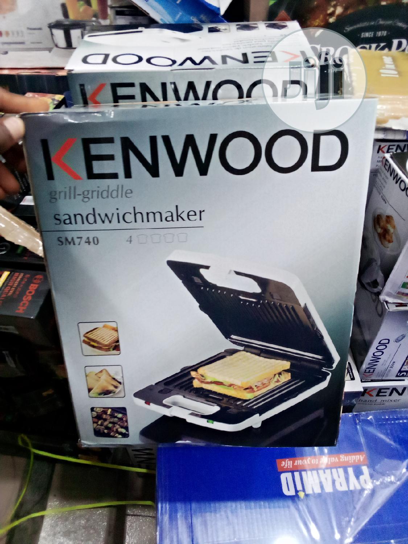 2 In 1 Kenwood Sandwich Maker | Kitchen Appliances for sale in Lagos Island (Eko), Lagos State, Nigeria