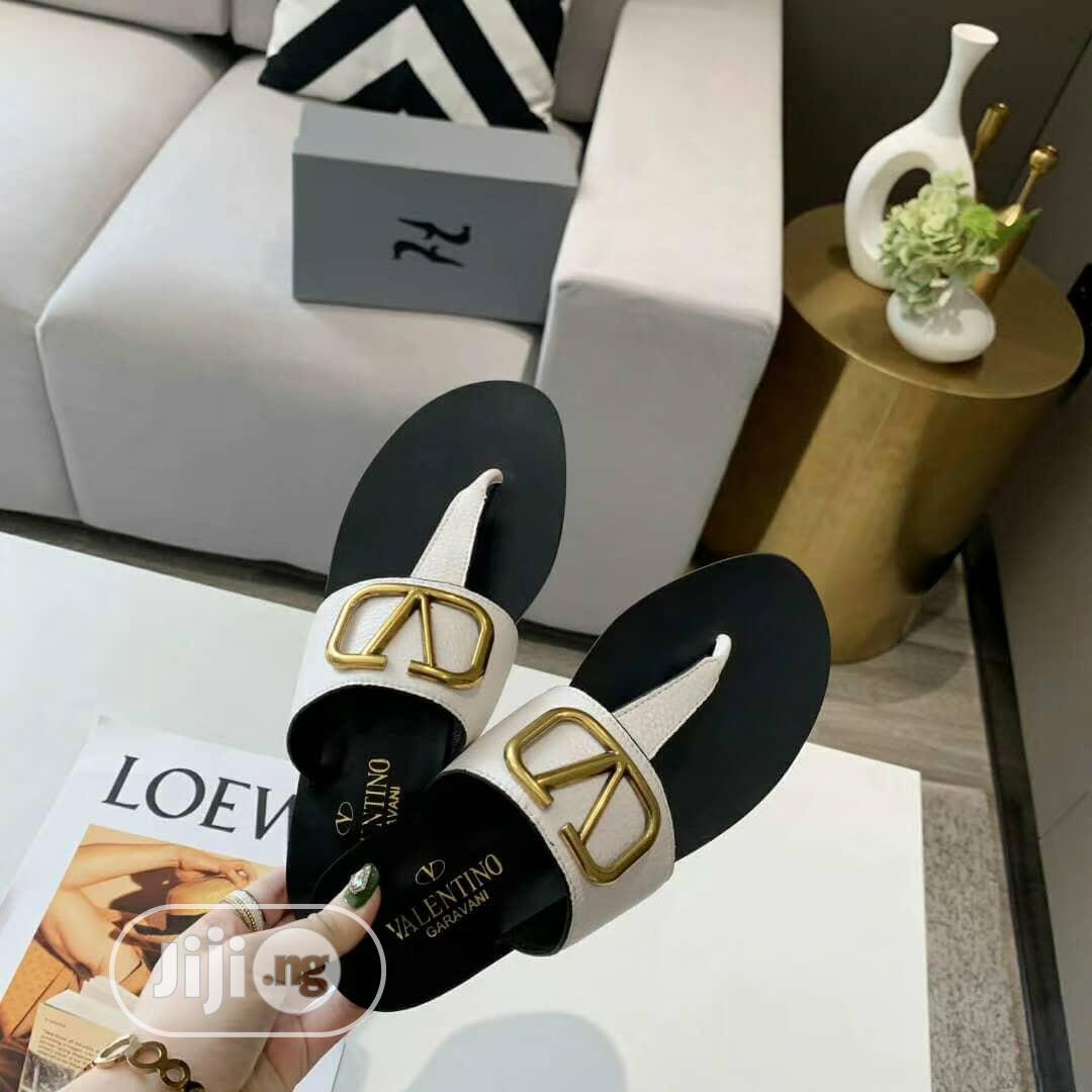 Zara Female Slippers *Nude,White And Black* | Shoes for sale in Utako, Abuja (FCT) State, Nigeria