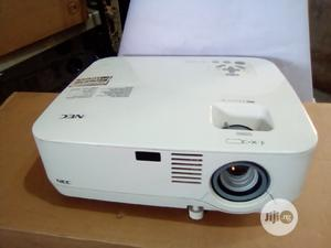 Clean Nec Projector   TV & DVD Equipment for sale in Lagos State, Ikotun/Igando