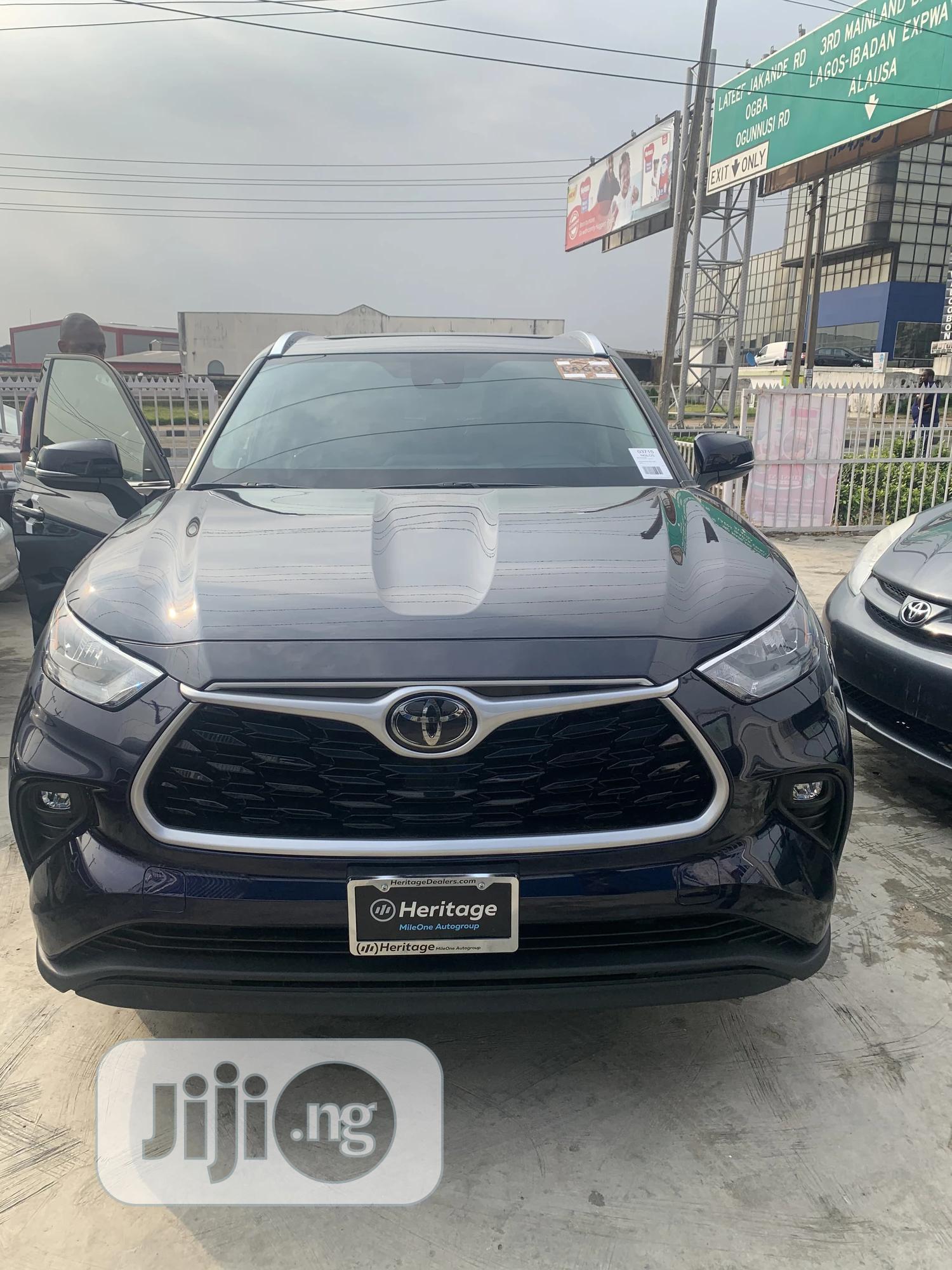 New Toyota Highlander 2020 Limited AWD Blue