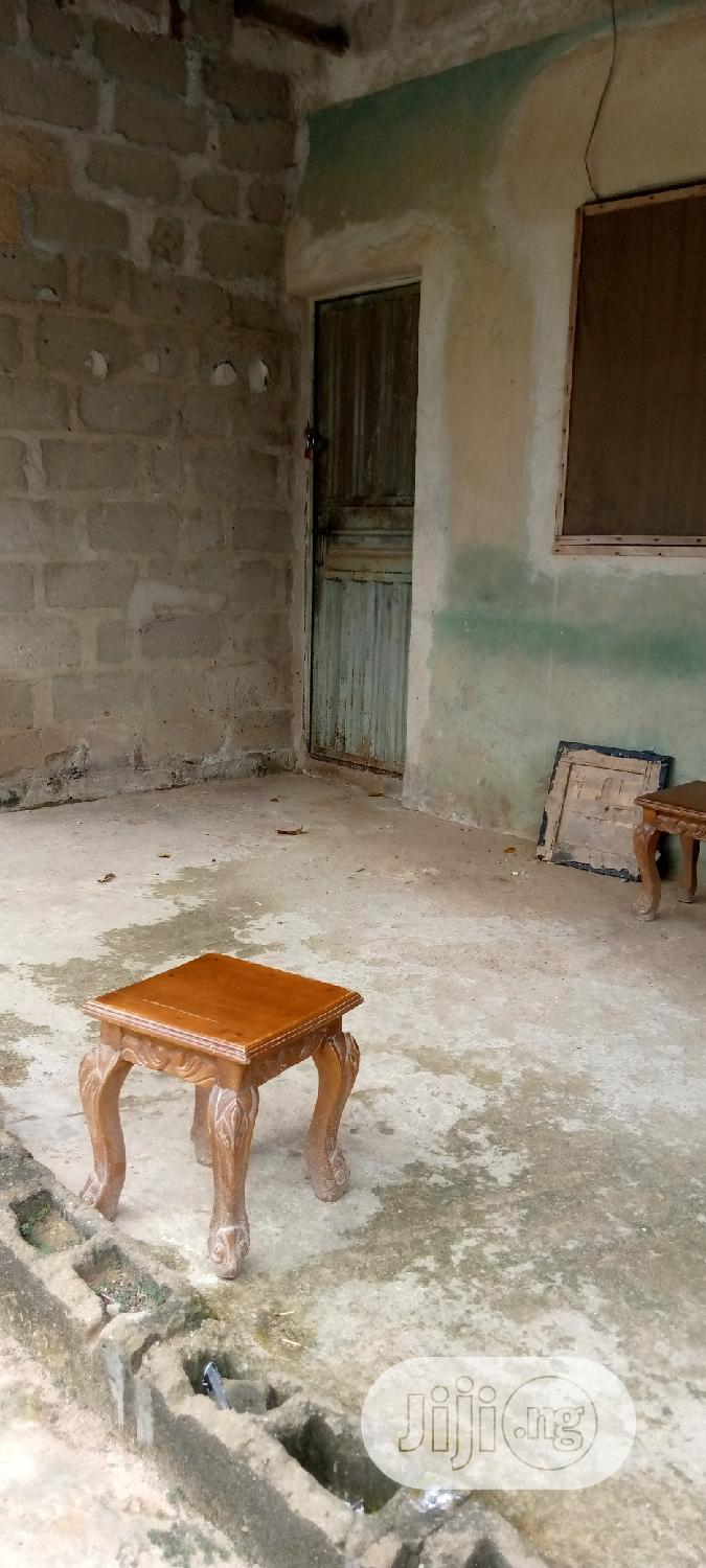 Fearly Used Bedroom Flat | Houses & Apartments For Sale for sale in Ikorodu, Lagos State, Nigeria