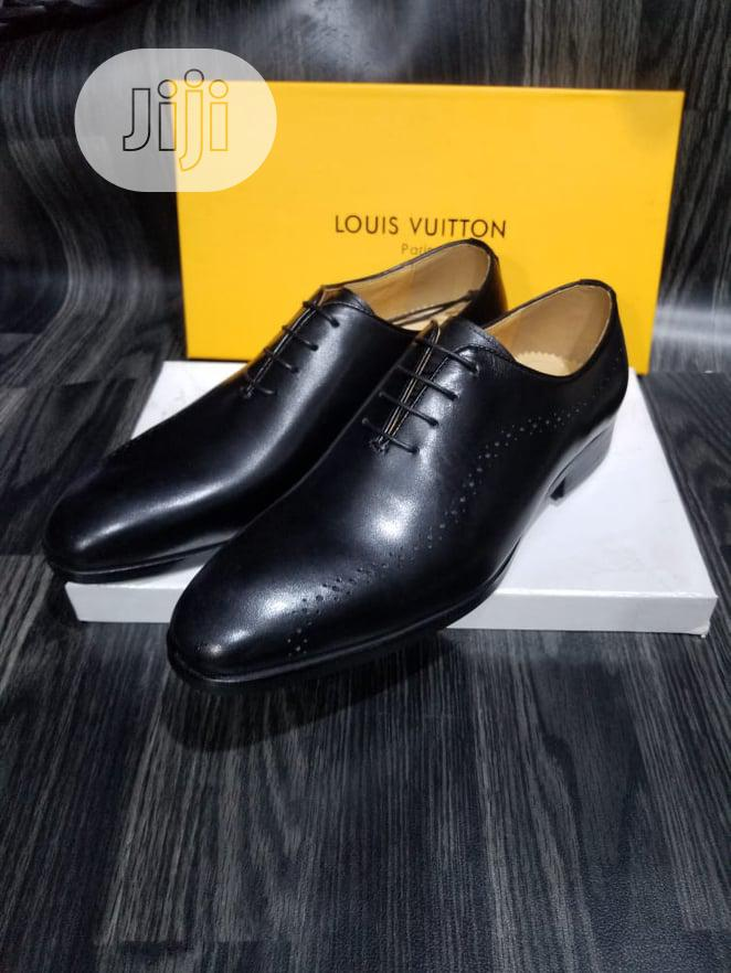 Classy Black Shoe