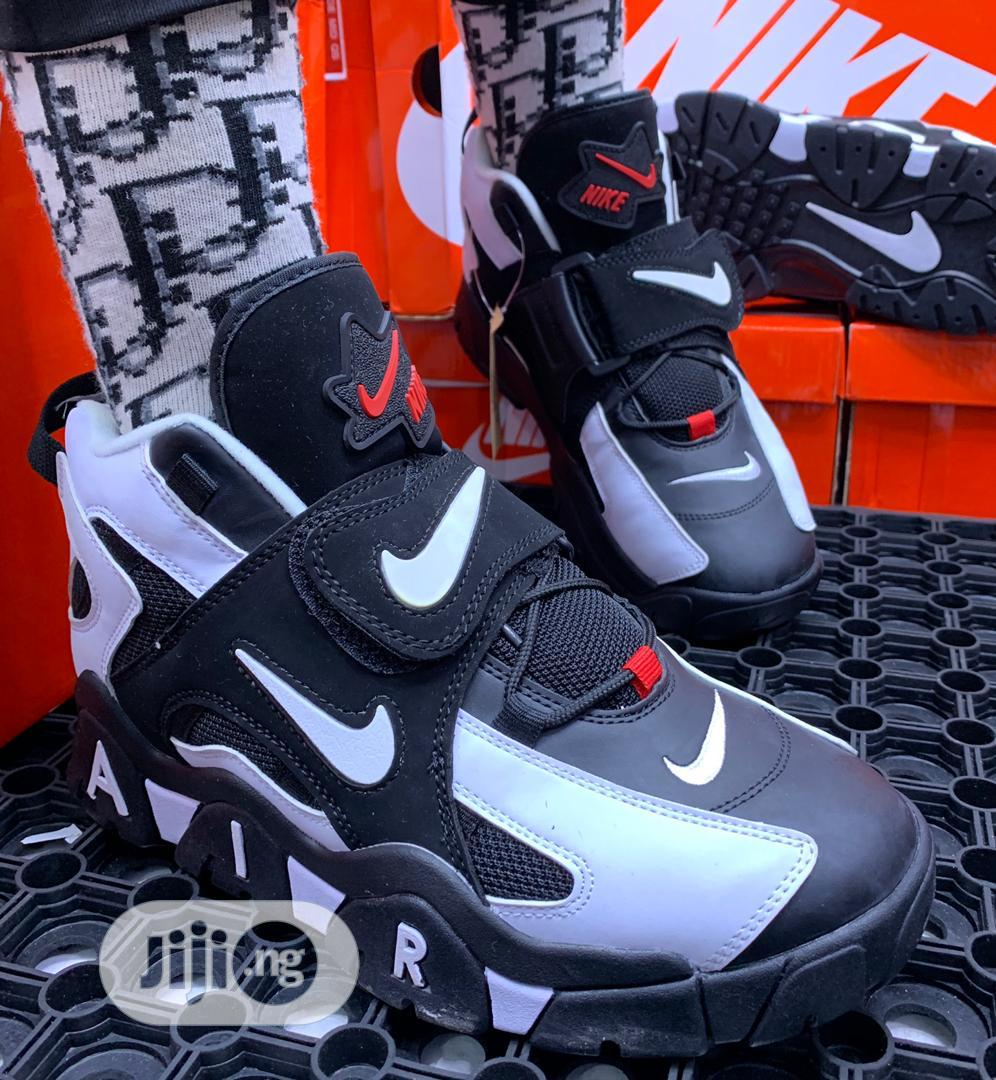 Original Nike Canvas Available For Men In Sizes | Shoes for sale in Lagos Island (Eko), Lagos State, Nigeria