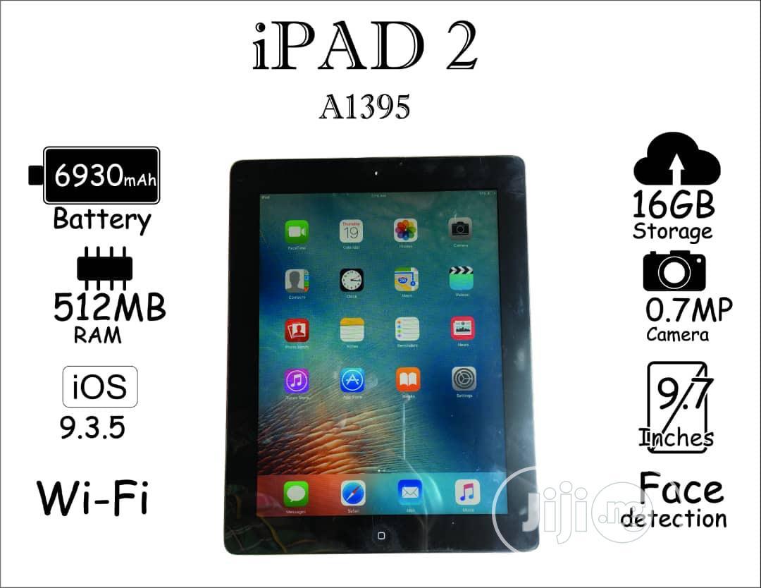 Apple iPad 2 Wi-Fi 16 GB Black