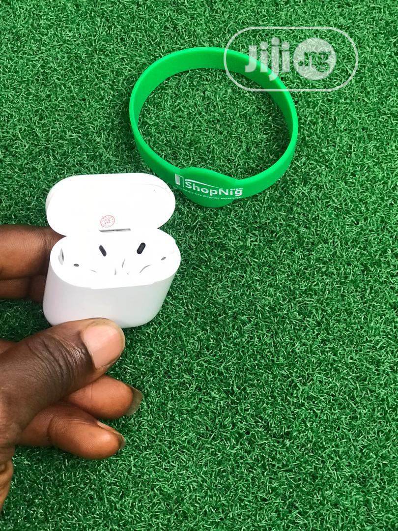 Archive: Apple Airpods 1 (Uk Used)