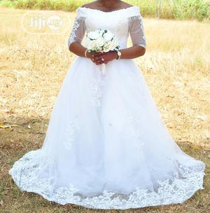 Ball Wedding Gown And Veil | Wedding Wear & Accessories for sale in Kaduna State, Chikun