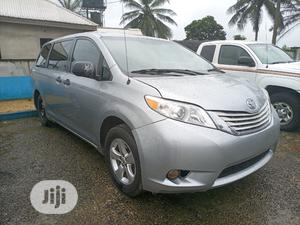 Toyota Sienna 2013 SE FWD 8-Passenger Silver | Cars for sale in Akwa Ibom State, Uyo