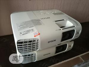Very Sharp Epson Projector For Sale | TV & DVD Equipment for sale in Nasarawa State, Karu-Nasarawa