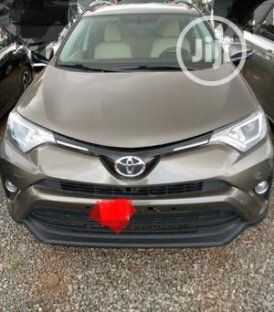 Toyota RAV4 2017 Brown   Cars for sale in Abuja (FCT) State, Lokogoma