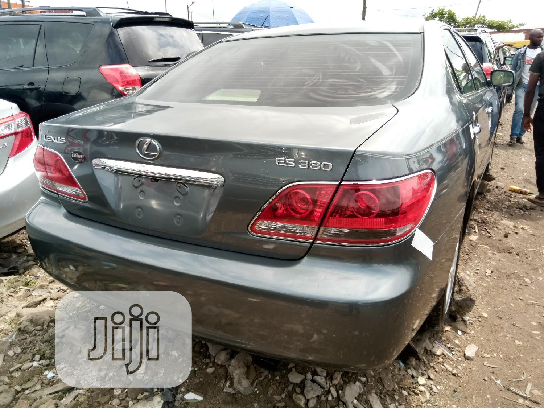 Archive: Lexus ES 330 2005 Gray