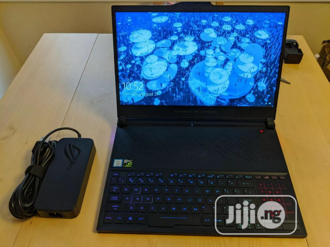 Archive: Laptop Asus ROG Zephyrus (GX501) 16GB Intel Core I7 SSD 1T