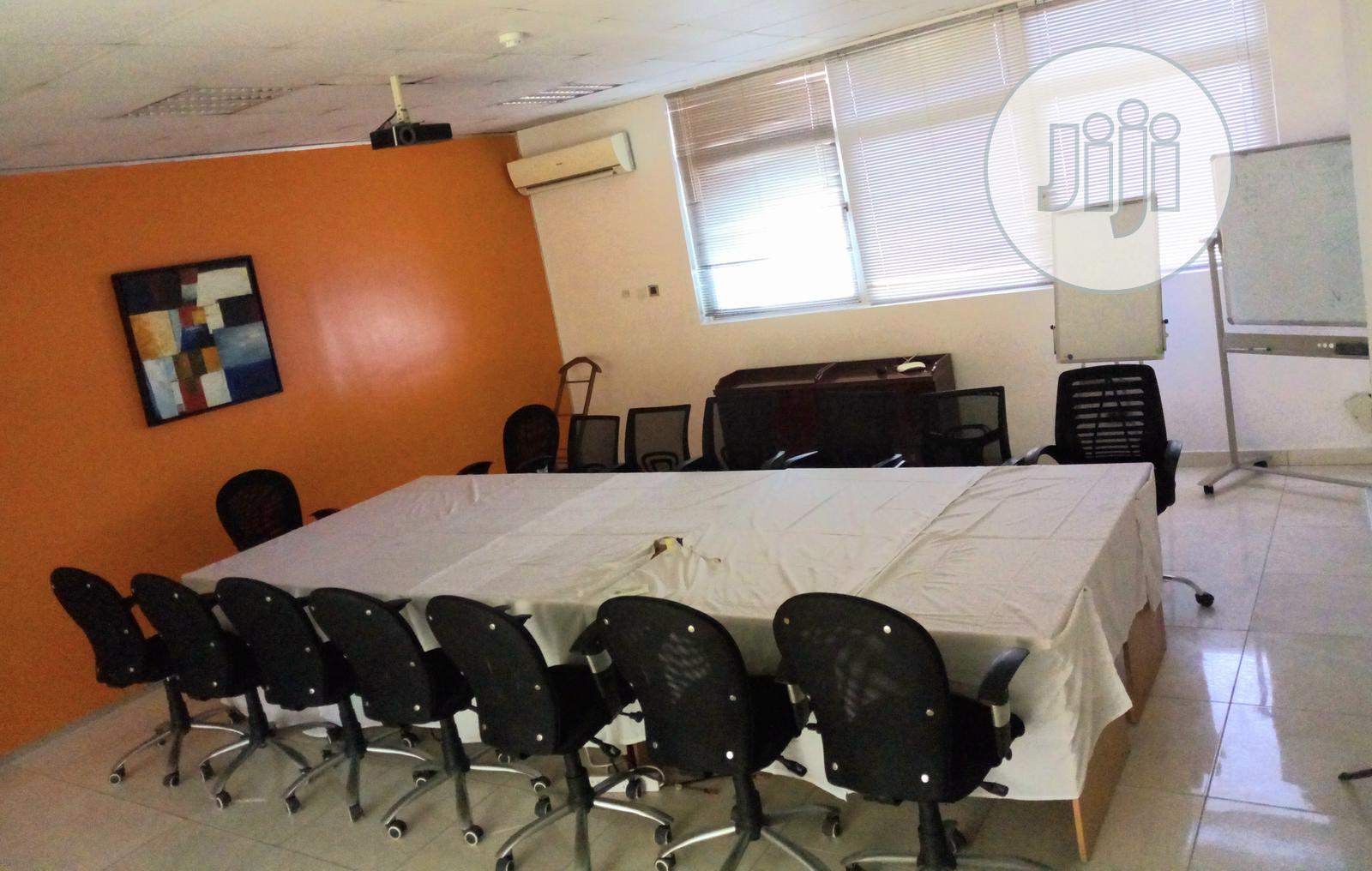 Conference/Meeting/Training Room | Event centres, Venues and Workstations for sale in Victoria Island, Lagos State, Nigeria
