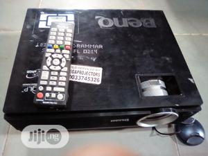 Benq Projector With Remote   TV & DVD Equipment for sale in Plateau State, Jos