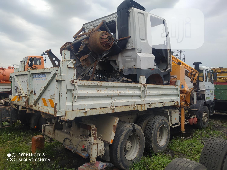 European Used DAF 2800 14.2tons Capma Crane Dump Truck