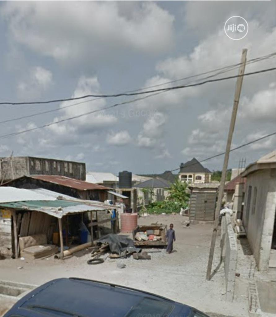 280sq of Fenced Land on a Major Road in a Built-Up Area | Land & Plots For Sale for sale in Lekki, Lagos State, Nigeria