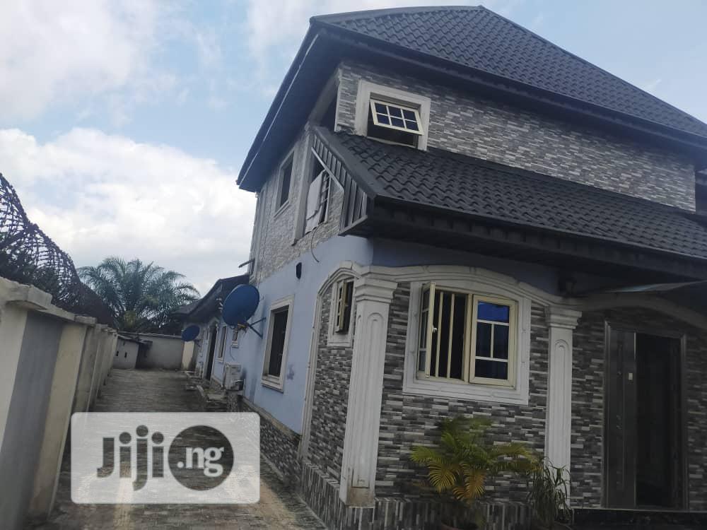 3, 2 1 Bedroom for Sale at Osubi, Warri