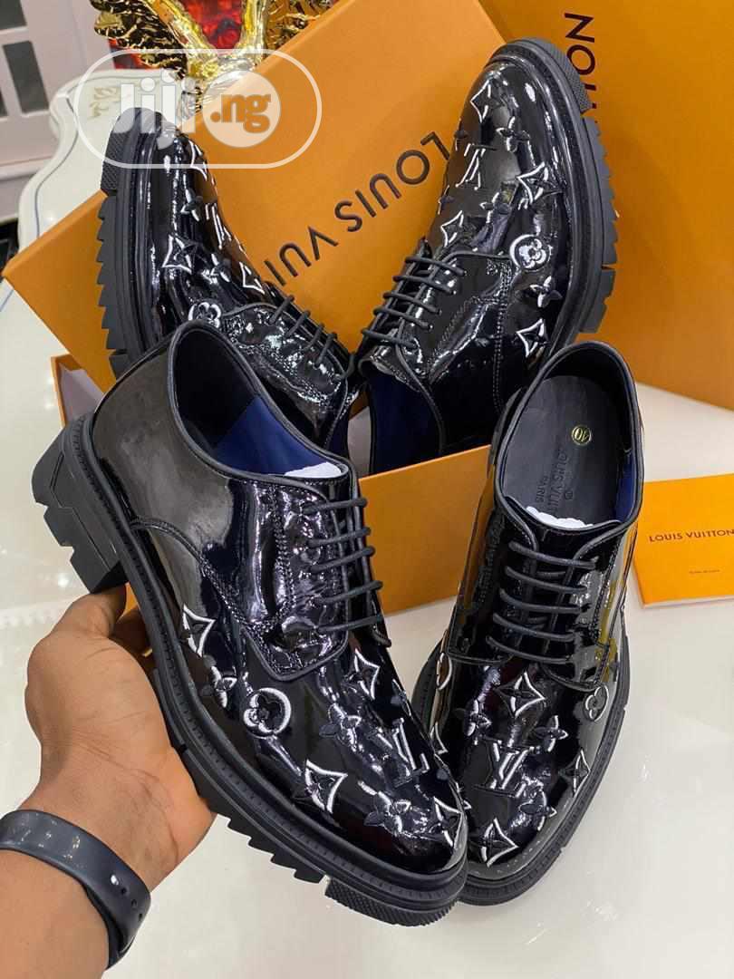 Louis Vuitton (LV) Leather Shoe for Men's