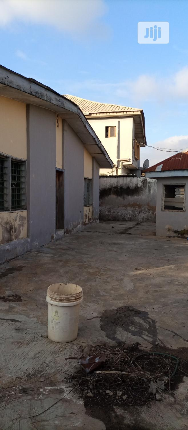 Archive: For Sale: 4 Beds Bung. With Pure Water Factory