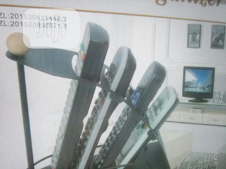 Archive: Remote Stand