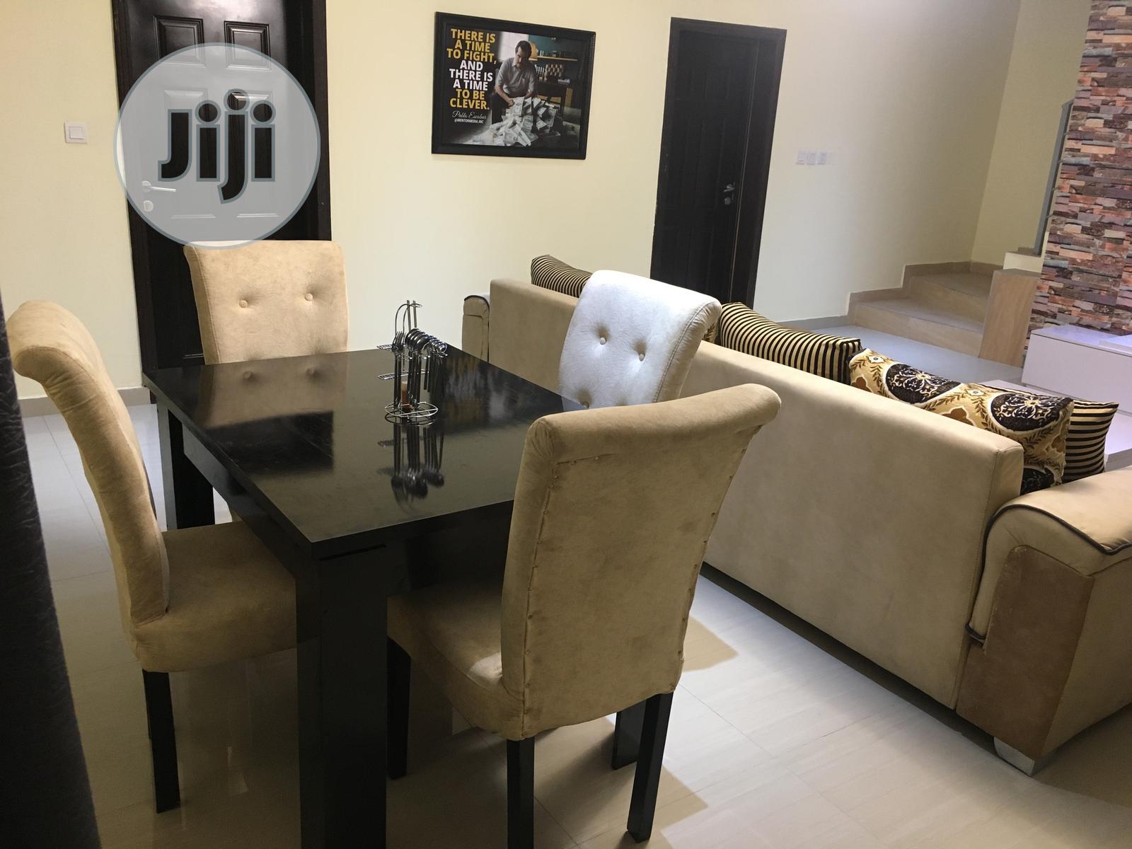 A Tastefully Finished 4 Bedroom Terrace Duplex For Short Let   Short Let for sale in Chevron, Lekki, Nigeria
