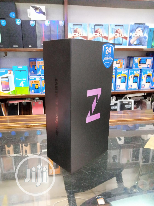 Archive: New Samsung Galaxy Z Flip 256 GB