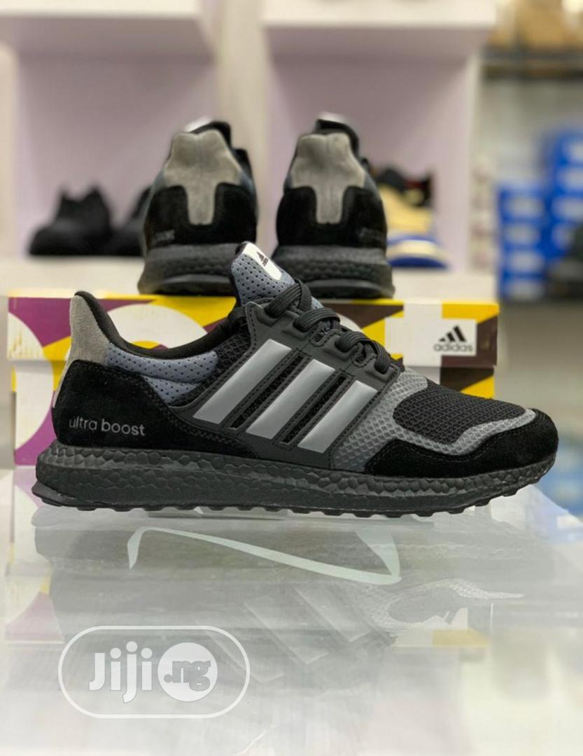 Adidas Ultra Boost Sneakers Original in