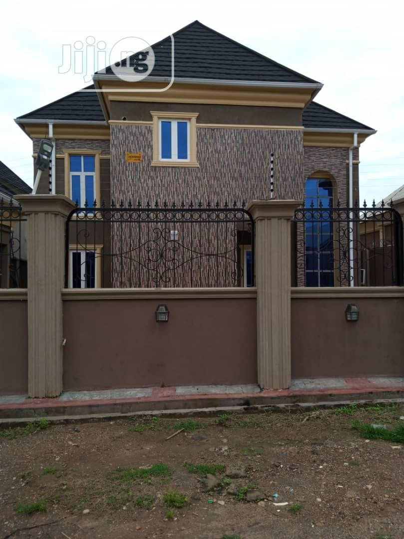 Archive: 5 Bedroom Duplex for Sale