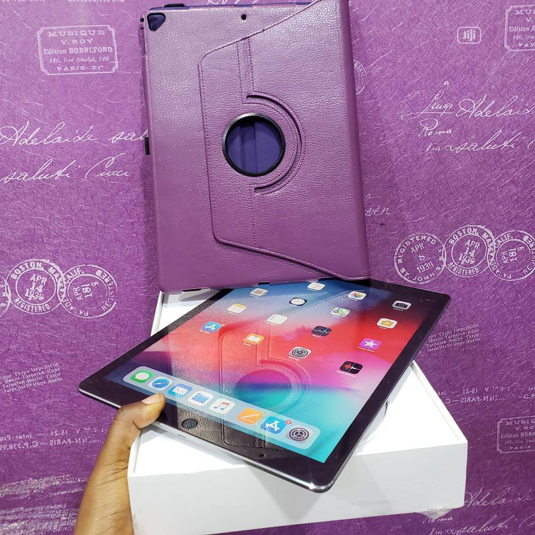 Apple iPad Pro 12.9 128 GB Gray