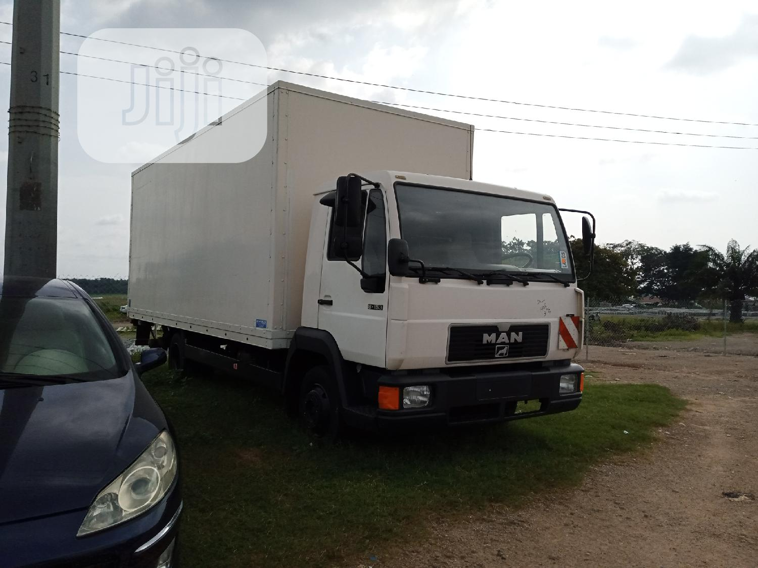 Box Truck for Hire and Sale | Trucks & Trailers for sale in Central Business Dis, Abuja (FCT) State, Nigeria