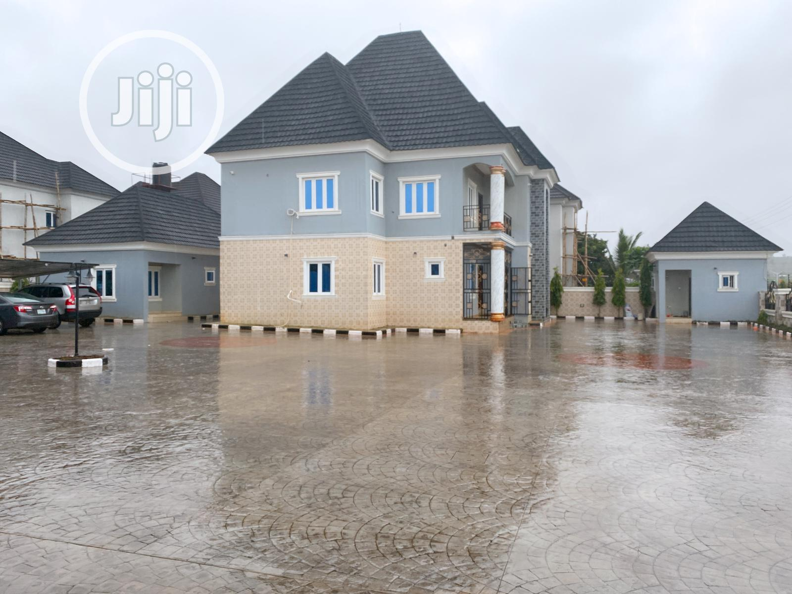 FOR SALE: Luxury Duplex /Swimming Pool N Spacious Compound   Houses & Apartments For Sale for sale in Central Business Dis, Abuja (FCT) State, Nigeria