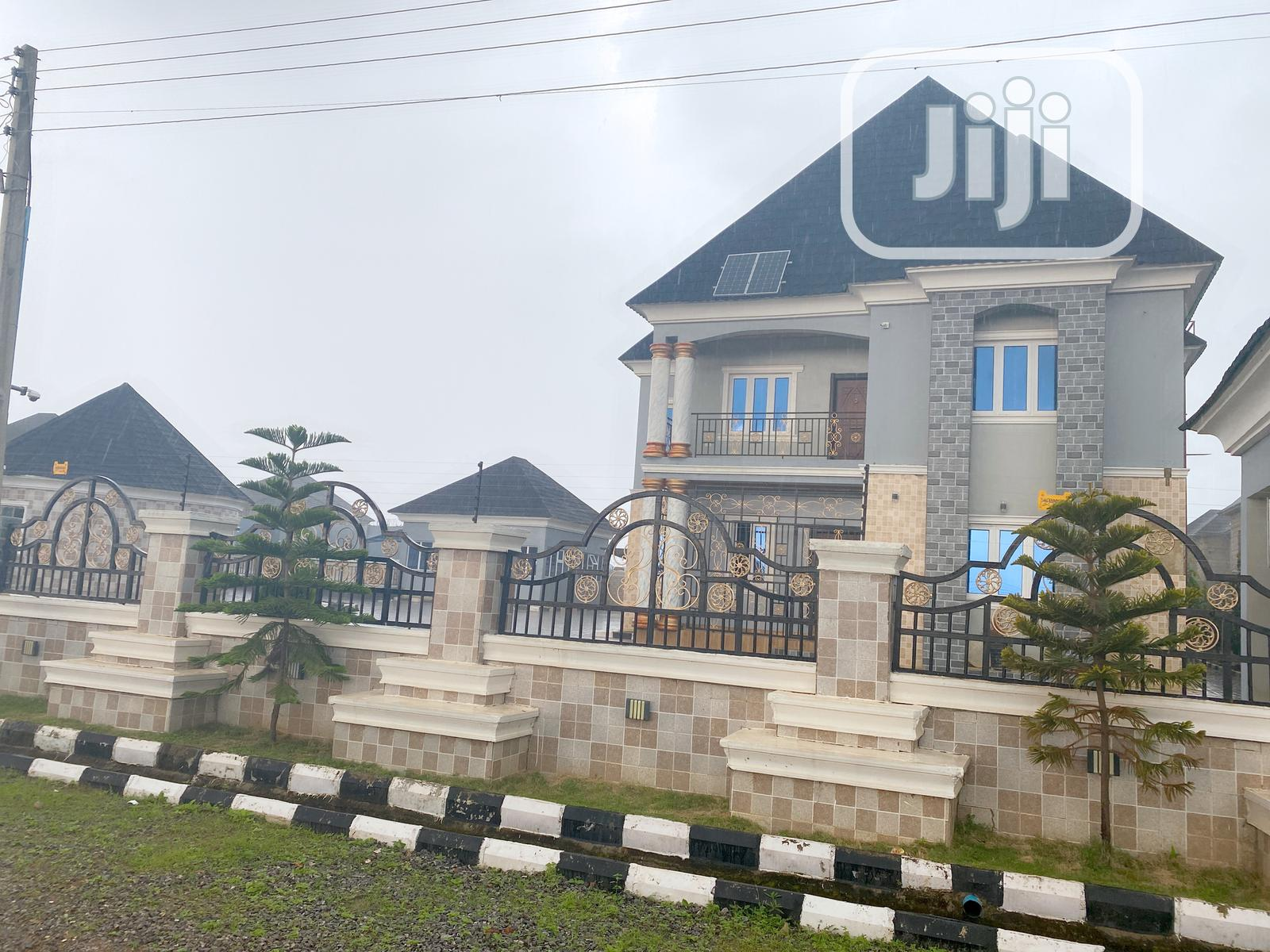 FOR SALE: Luxury Duplex /Swimming Pool N Spacious Compound