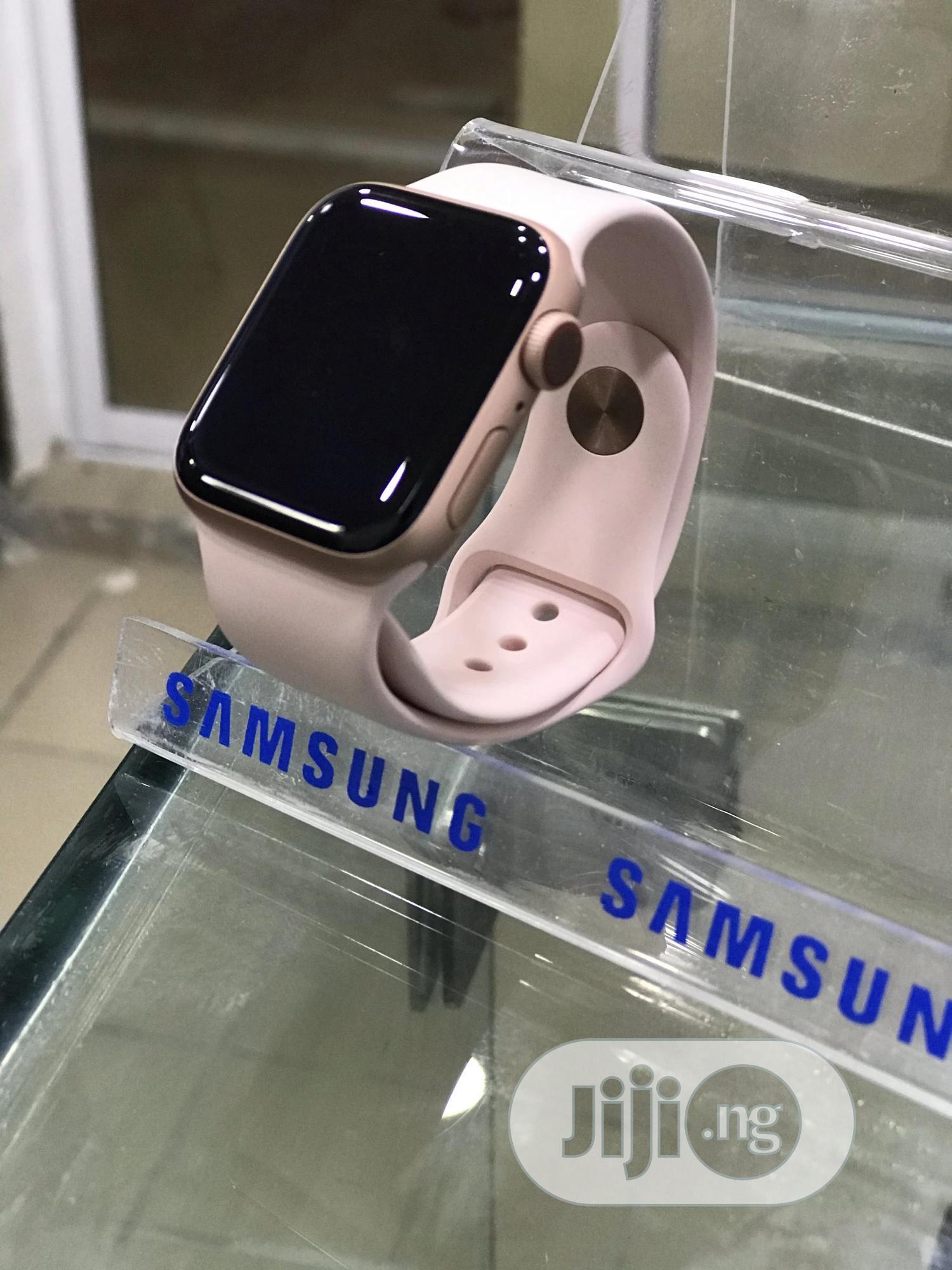 Apple Series 4 40MM