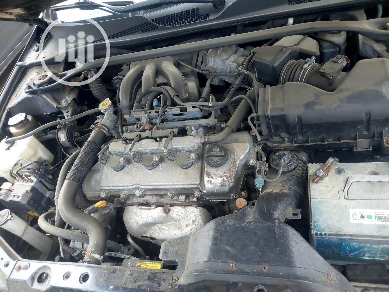 Archive: Toyota Solara 2005 Black
