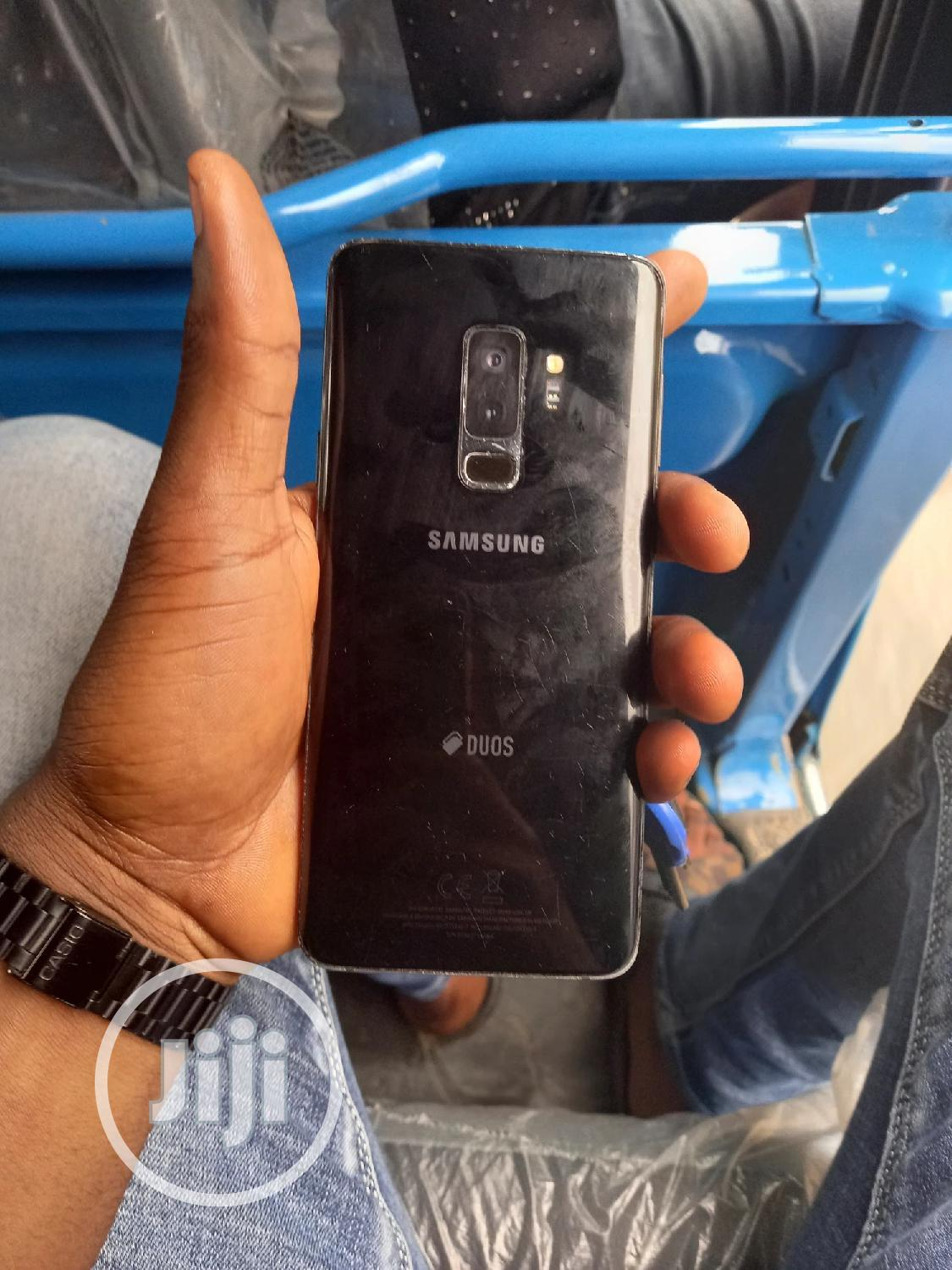 Archive: Samsung Galaxy S9 Plus 64 GB Black