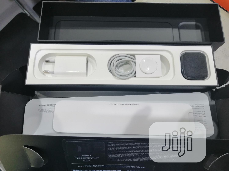 Apple Watch Series 4 44mm GPS Nike Sport Loop | Smart Watches & Trackers for sale in Ikeja, Lagos State, Nigeria