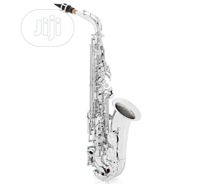 Yamaha Alto Professional Saxophone Silver