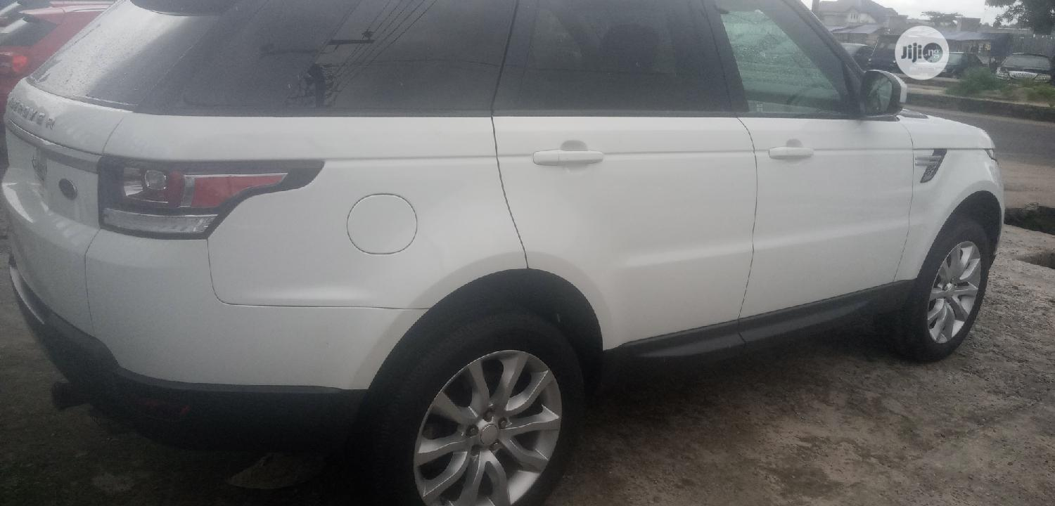 Land Rover Range Rover Sport 2014 HSE 4x4 (3.0L 6cyl 8A) White | Cars for sale in Warri, Delta State, Nigeria