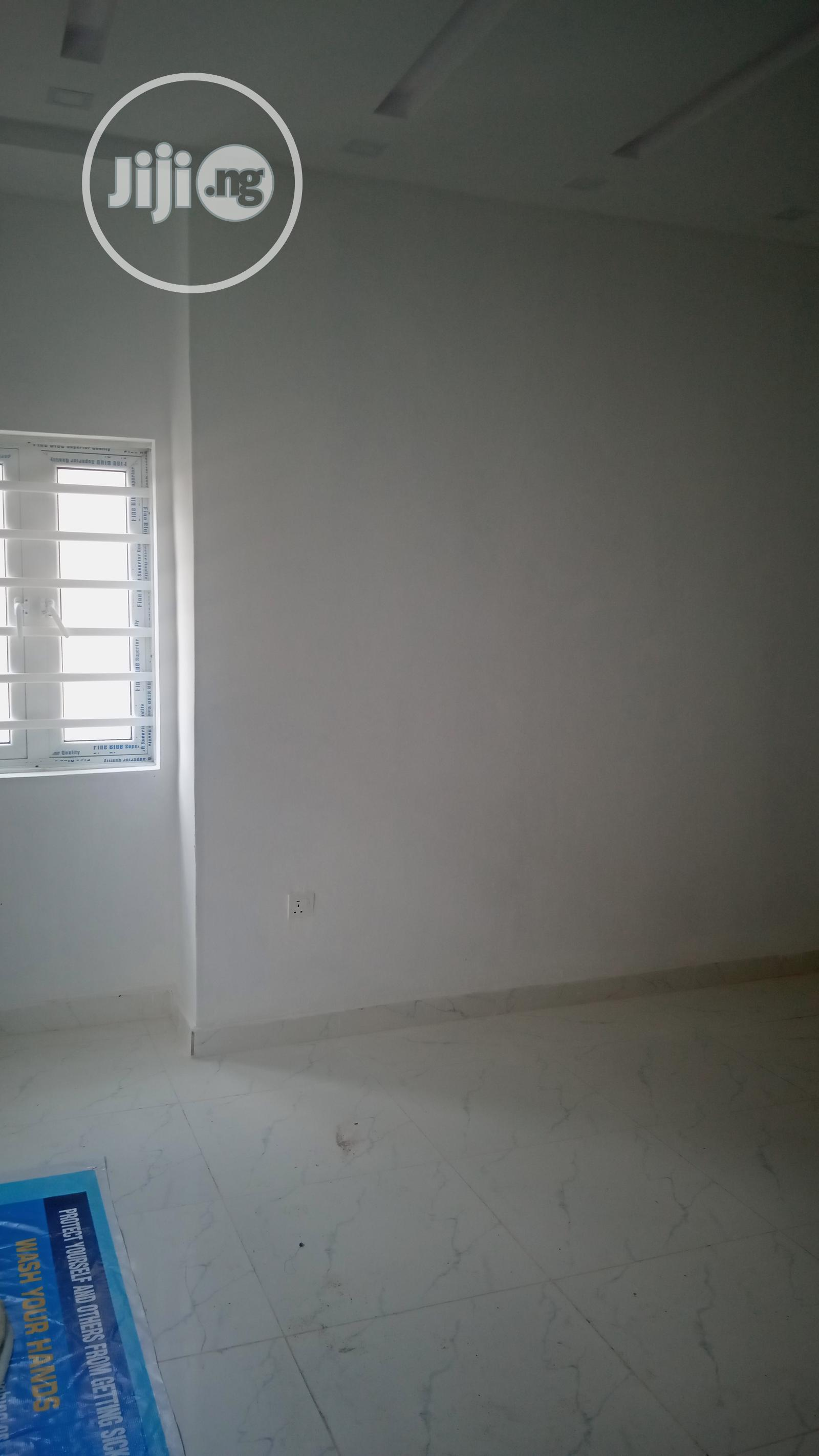 Newly 3bedroom At Alagomeji For Rent | Houses & Apartments For Rent for sale in Alagomeji, Yaba, Nigeria
