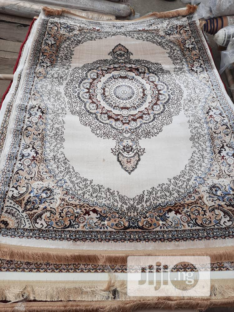 Super Unique 5 By 7 Arabian Center Rug
