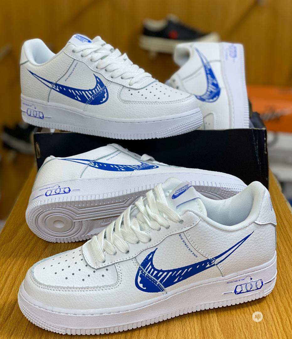 Nike Canvas Available For Men In Sizes