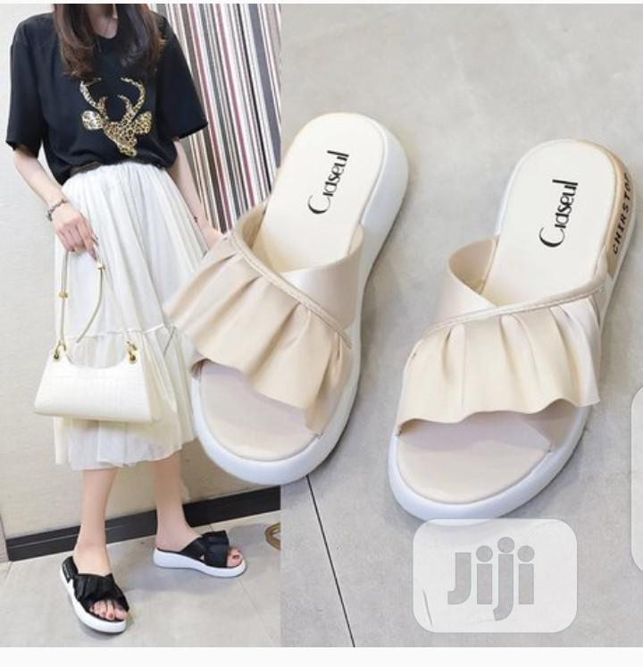 Archive: Fashionable Ladies' Slippers 2020