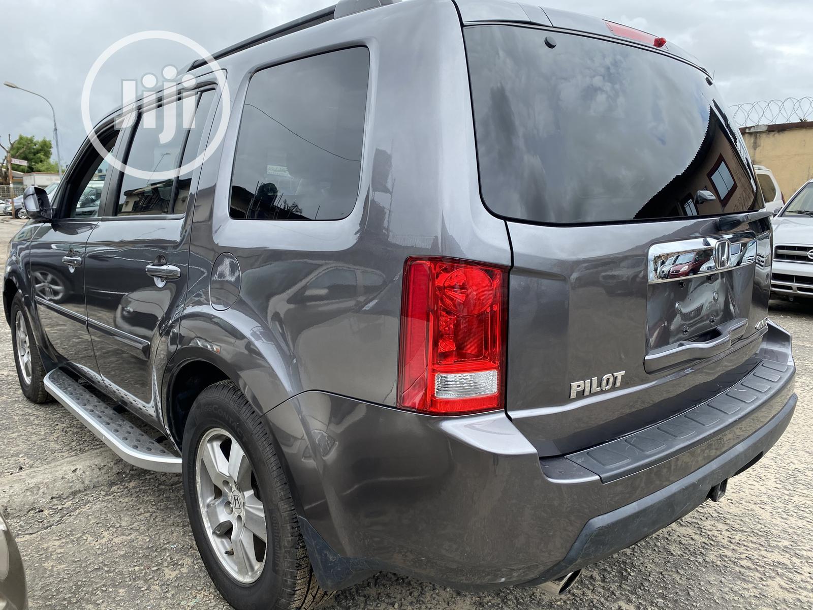 Honda Pilot 2010 Gray   Cars for sale in Amuwo-Odofin, Lagos State, Nigeria