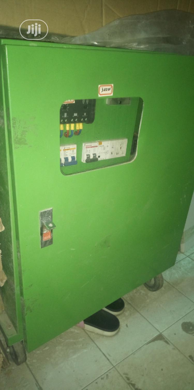 2000w 24volts Solar Generator