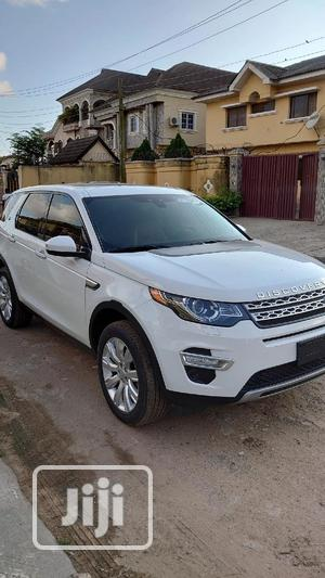 Land Rover Discovery 2016 White   Cars for sale in Lagos State, Alimosho