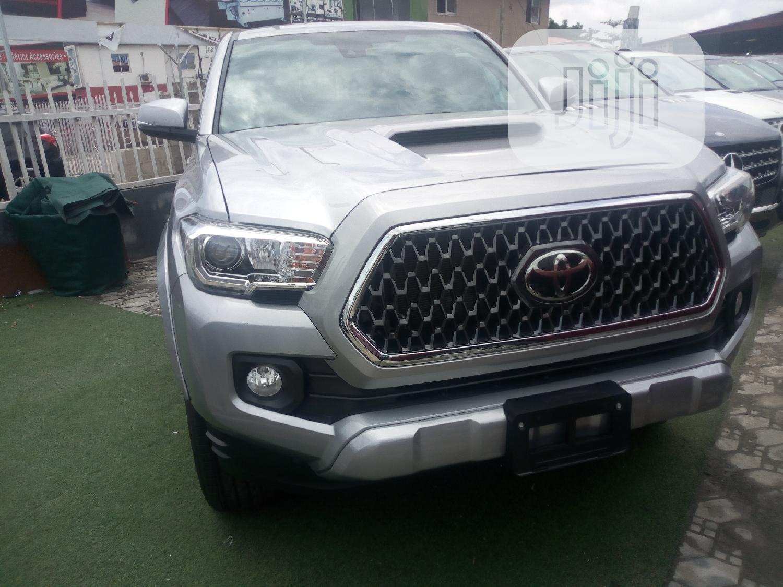 Archive: Toyota Tacoma 2018 Gray