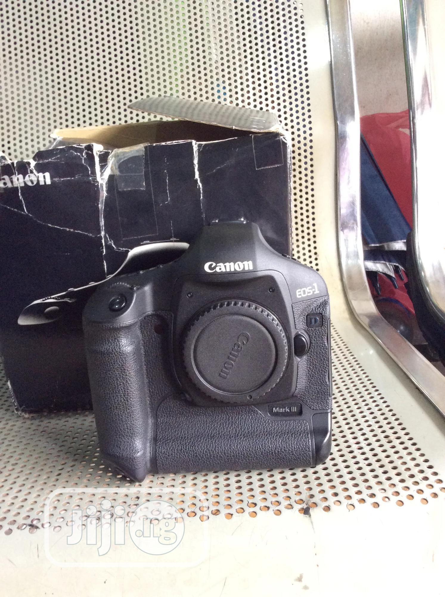 Canon EOS-1 D Mark3 Body Only